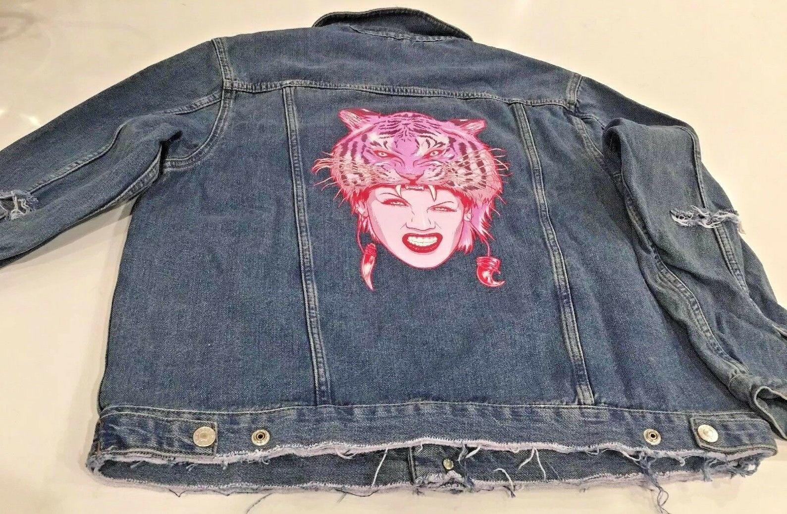 P!NK PINK AUTHENTIC DISTRESS DENIM JACKET SIZE M   NEW RARE