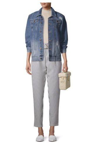 Women's Ripped Light-Wash OverSize Time and Tru