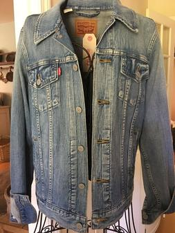 NWT Levi Strauss and Co  Denim Jacket Womens  Large Med Wash